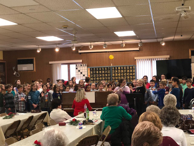 Elementary Students Spread Holiday Cheer